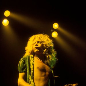 Photo of Robert PLANT and LED ZEPPELIN
